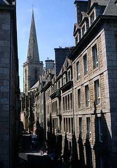 cathédrale et maisons d'armateurs de la ville de Saint-Malo